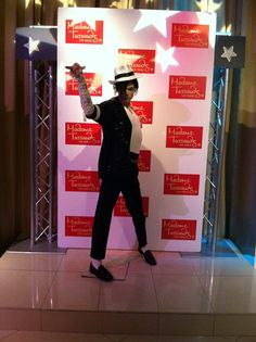 Madame Tussauds Wax Museum, adult Michael Jackson