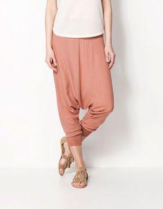 Bershka Colombia - Pantalón Bershka baggy Harem Pants, Product Description, Female, Clothes, Style, Fashion, Boutique Online Shopping, Woman Clothing, Womens Fashion