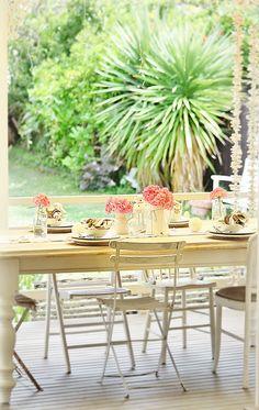beach cottage deck garden