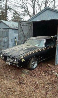 Trendy old cars muscle barn finds Ideas Trans Am, Pontiac Gto, General Motors, Muscle Cars, Vintage Cars, Antique Cars, Junkyard Cars, Car Barn, Rusty Cars