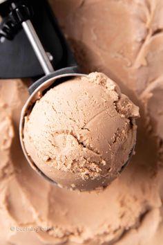 Best Vegan Chocolate Ice Cream Recipe - Beaming Baker Vegan Chocolate Ice Cream Recipe, Vegan Chocolate Frosting, Hazelnut Ice Cream, Paleo Ice Cream, Vegan Frosting, Best Vegan Chocolate, Chocolate Hazelnut, Chocolate Flavors, Ice Cream Recipes
