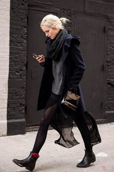 Casual sexy fashion mode, look fashion, net fashion, womens fashion, fashion fall Looks Street Style, Looks Style, European Street Style, Mode Cool, Look Fashion, Womens Fashion, Net Fashion, Trendy Fashion, Fashion Shoes