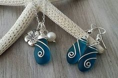 Handmade in Hawaii, Wire wrapped teal blue sea glass necklace + earrings jewelry set, Hibiscus charm, Fresh water pearl, Beach jewelry gift. #ad #seaglassearringsideas #seaglassnecklace #seaglassjewelry