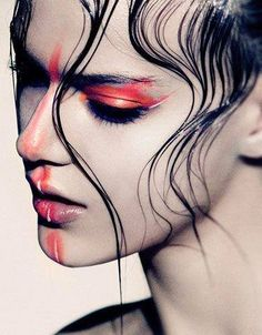 Contrasting Colours, Pop Of colour! Wet look hair,