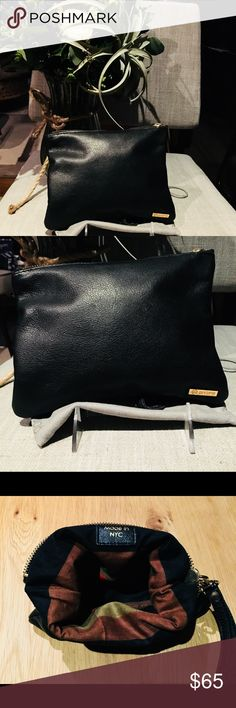 🔥SALE🔥 Genuine Leather Wristlet Bag, Gorjana Leather Cutch / Wristlet bag from Gorjana. Well loved as you can see it's still looked brand new. Gorjana Bags Clutches & Wristlets