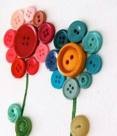 CRAFT--FLOWERS--Button flowers
