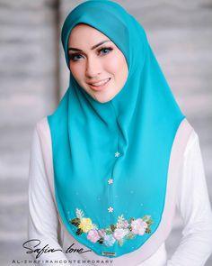 Hijab Outfit, Hijab Style Dress, Girl Hijab, Muslim Girls, Muslim Women, Abaya Fashion, Fashion Outfits, Womens Fashion, Instant Hijab