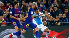 O FC Barcelona reforçou a liderança da liga espanhola de futebol, ao golear o Deportivo por 4-0 este domingo, beneficiando da derrota de sábado do Valência, em jogos da 16.ª jornada. http://observador.pt/2017/12/17/fc-barcelona-goleia-corunha-4-0-e-reforca-lideranca-em-espanha/