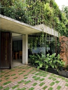 Indonesian Architect - Adi Purnomo