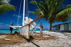 Cool Desktop Backgrounds, Socotra, Outrigger Canoe, Floating House, I Love The Beach, Wooden Boats, Catamaran, Okinawa, Tahiti