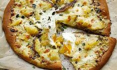 pizza - Spuds you'll like Yotam Ottolenghi's potato recipes Veg Recipes, Potato Recipes, Vegetarian Recipes, Dinner Recipes, Cooking Recipes, Pizza Recipes, Savoury Recipes, What's Cooking, Bread Recipes