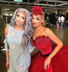 want beauty?<<< omg Valentina and Tatianna in the same pic?!? They're so flawless and sassy....Just kill me already...