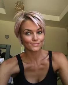 Short Blonde Haircuts, Cute Hairstyles For Short Hair, Short Hair Cuts For Women, Pretty Hairstyles, Short Hair Styles, Short Razor Haircuts, Baddie Hairstyles, School Hairstyles, Quick Hairstyles