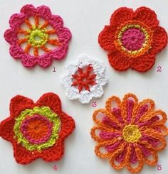 Tecendo Artes em Crochet: Flores Lindas para Vocês, com Gráficos!