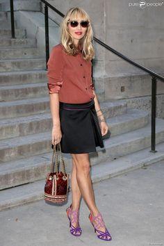 Alexandra Golovanoff arrive au Grand Palais pour le défilé Giambattista Valli haute couture automne-hiver 2013-2014. Paris le, 1er juillet 2013.