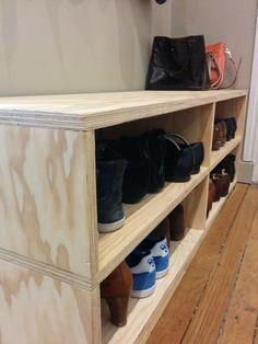 Cette semaine, je vous emmène chez moi, découvrir le banc - meuble à chaussures fabriqué par mon mari lors d'un atelier DIY.