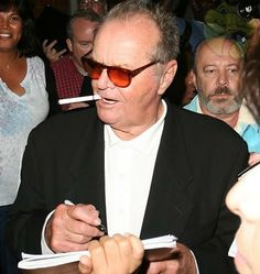 Jack Nicholson – The Departed star got his nicotine fix and was seen puffing away on an electronic cigarette as he chatted away to his many admirers.