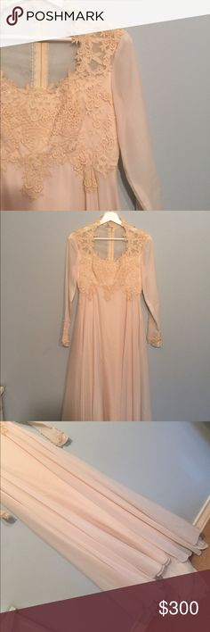 ⭐️Stunning Game of Thrones-esque Wedding Dress⭐️ This cream empire waist wedding gown is the thing of dreams! From the dainty long sleeves to the flowy train and purposeful lace appliqués, this dress is a show stopper. My favorite but is how high the neck is and the shape it gives you. It's such a vintage treasure. Fits a 4/6. Vintage Dresses Wedding