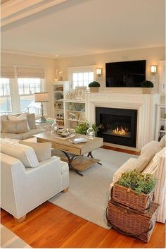 Modern living room decorating ideas #LeatherLivingRoomSet Living Room With Fireplace, New Living Room, Small Living Rooms, Living Room Designs, Living Room Decor, Modern Living, Narrow Rooms, Dining Room, Minimalist Living