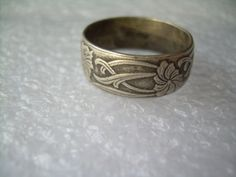 Gorgeous Wedding Band Ring Size 8.5-Vintage Antique Sterling Silver-Victorian Nouveau-Textured Flower  Vine Pattern-Mens Womens
