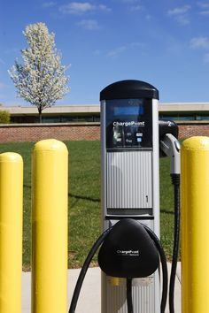 Kellogg Community College has an electric car charging station on its main campus in Battle Creek, MI. Students can reserve the spot to charge up by contacting campus security at 269-965-3931 ext. 4444.