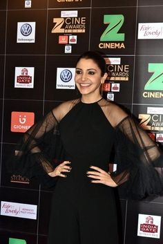 Anushka Sharma @ Zee Cine Awards 2017 Red Carpet Photos