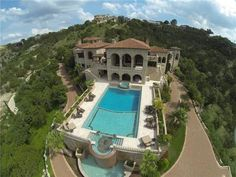Texas-Sized Villa in Austin is Pretending it's in Tuscany
