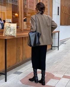 Love Fashion, Winter Fashion, Fashion Outfits, Womens Fashion, What To Wear Today, How To Wear, Parisian Chic Style, Minimalist Fashion Women, Ootd
