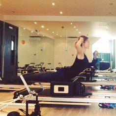 Wake your spine up with this gorgeous back extension this #mondaymorning I…