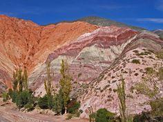 Purmamarca y Cerro de los Siete Colores – Jujuy