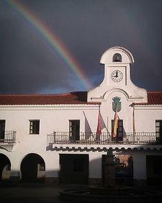 Buenos días hoy con arcoiris.  #mipueblo #pueblosdeespaña #pueblosdemadrid  #comunidaddemadrid #madridmemola #ok_madrid #total_madrid #total_spain #ok_españa #ok_spain #madrid #villanuevadelpardillo #colorful #arcoiris#rainbow #raimbows #madridgrafias #madrigrafias #demadridalcielo #3lentescom #nubes#cielo#clouds #madridgram #igers #ig_today #madridmola#lafotodeldia #lafotodelgiorno #thephotooftheday by gelotoro