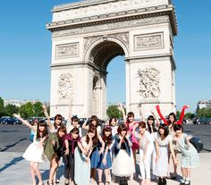 乃木坂46がフランス・パリで初海外ライブ! JAPAN EXPO 2014で5000人沸かす