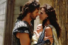 Eric Bana, Orlando Bloom, and Diane Kruger in Troy Eric Bana, Julie Christie, Troy Movie, Movie Tv, Diane Kruger, Orlando Bloom, Brad Pitt, Troy Achilles, Helen Of Troy