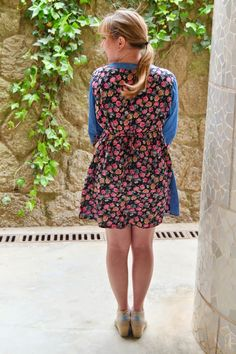 The back of the dress is even cuter! Simple with a tie. Love the ditzy floral. Gotta love those Toms Wedges too.