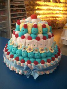 Mirad que pedazo de tarta de golosinas tienen preparada en Dulce Diseño Ciudad…