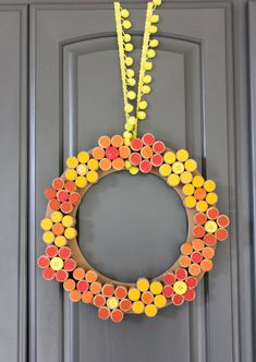 How to make a wine cork flower wreath