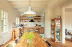 Une maison à Barcelone loin de l'agitation de la ville - PLANETE DECO a homes world