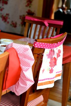 vintage kitchy cooking party: personalized chef hats and aprons for each child