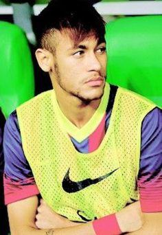 Neymar da Silva Santos Júnior, allgemein bekannt als Neymar oder Neymar Jr. Neymar Jr, National Football Teams, Football Fans, Football Players, Brazilian Soccer Players, Good Soccer Players, Fc Barcelona, Soccer Boyfriend, Paris Saint Germain Fc