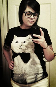New kitty cat shirt from Forever 21 <3