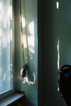 Through The Window Luz Natural, Natural Light, Chasing Lights, Through The Window, Chiaroscuro, Morning Light, Beautiful Lights, Light And Shadow, Light Photography