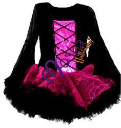 Diseño especial Mosha Couture, para las Brujitas de Halloween femeninas y muy chic.