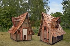 Ooooooo love these chicken coops!