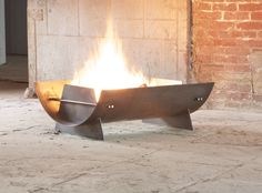 SCOWLE - Curved Steel Firepit