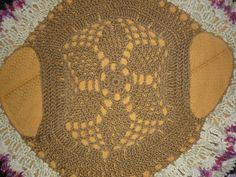 Chaleco circular en varios colores hecho con lana gruesa Nevilan y detalle con lana rusticana matizada