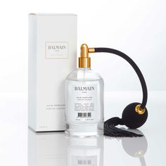 New Launch: The house of Balmain, within its luxurious hair care line Balmain Paris Hair Couture, introduces Balmain Hair Perfume Limited Edition, a sophisticated hair mist infused with a mixture of silk protein and argan elixir that nourishes, repairs and protects the hair, providing a long-lasting scent. The limited edition launches in November 2016