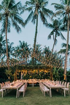 Bali Event Hire – Angela + Aaron – You are in the right place about decoration mariage orange Here we offer you the most beautiful pictures about the decoration mariage chaise you are looking for. When you examine the Bali Event Hire – Angela + Aaron … Wedding Ceremony Ideas, Beach Wedding Reception, Wedding Bells, Reception Ideas, Wedding In Bali, Wedding On The Beach, Wedding Flowers, Wedding Tips, Hawaii Wedding Venues