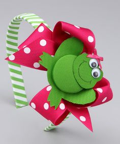Picture perfect hair bows aplenty. We're leaping for joy at the sight of them all!