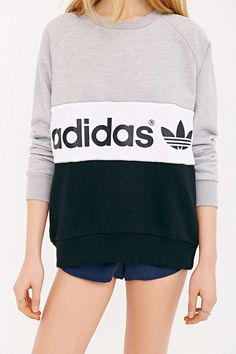 over sized jumper old school Adidas