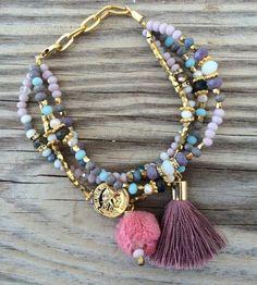 Crystal Jewelry, Gemstone Jewelry, Jewelery, Jewelry Necklaces, Beaded Bracelet Patterns, Seed Bead Bracelets, Beaded Earrings, Handcrafted Jewelry, Jewelry Crafts